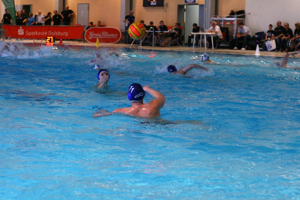 Carboo4U Bundesliga Wasserballer gefordert