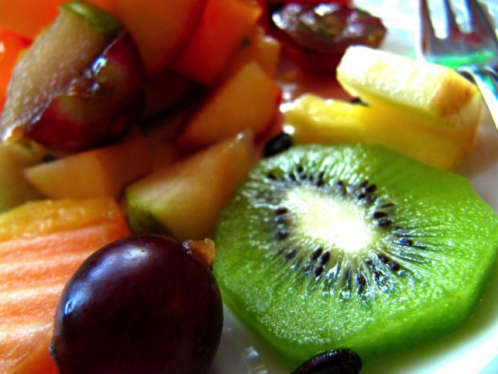 Foto: Jonathan Keller / pixelio.de - FITTER INS LEBEN -Vitamin C reiche Lebensmittel steigern die Aufnahme von Eisen