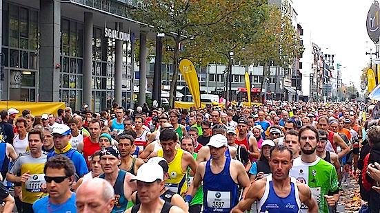 Carboo4U Running Events - Vincent Kipruto gewinnt BMW Frankfurt Marathon