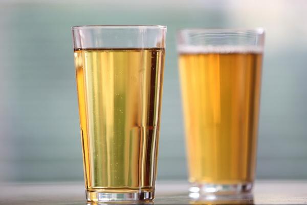 Carboo4U Info - Apfelsaftschorle war gestern, aber was ist denn ein ideales Sportgetränk?